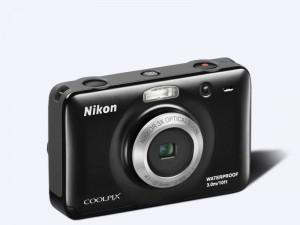 foto aparat Nikon S 30